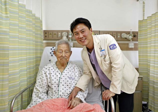 Doctor saves 106-year-old man suffering from acute myocardial infarction