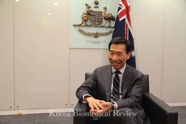[Interview with foreign envoys] 'Australia ready to utilize its world-class medical technology in cooperating with Korea'