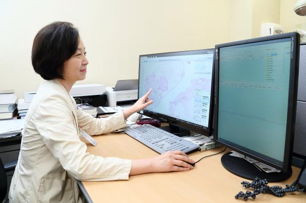 St. Mary's introduces Korea's 1st digital pathology solution