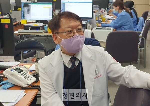 [Report from Daegu] 'Exhausted medical workers emerge as foremost issue in drawn-out struggle'