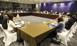 Korea, China, Japan to cooperate on universal health coverage, infectious disease, aging